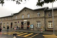 Der Abriss des rund 160 Jahre alten Bahnhofgebäudes ist in den Augen der Planer unausweichlich, dürfte bei manchem Beobachter aber mit Wehmut oder gar Wut im Bauch beobachtet werden.