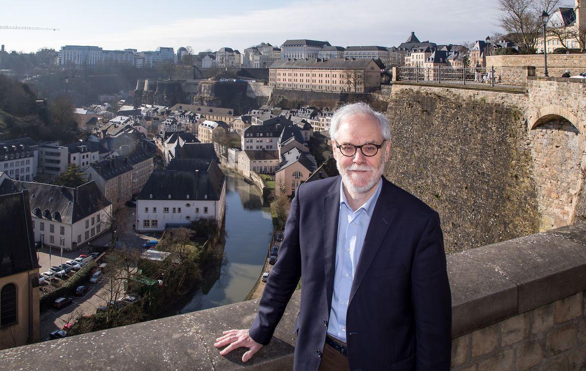 Durant l'interview Marco Schank révèle qu'il est en passe de publier un nouveau roman qui sera intitulé: «Damit die Nacht vergeht» que l'on peut traduire par «Pour que passe la nuit».