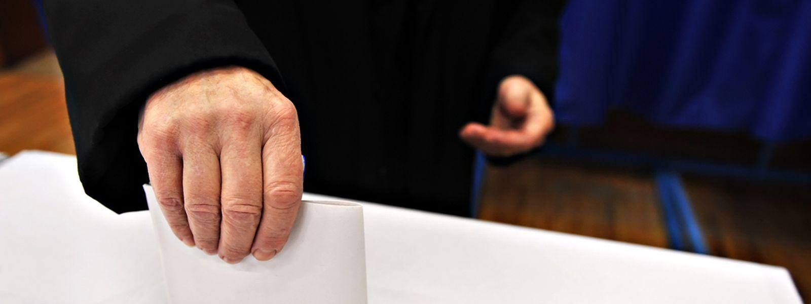 Die CSV will das nationale Wahlrecht an die Luxemburger Nationalität koppeln.