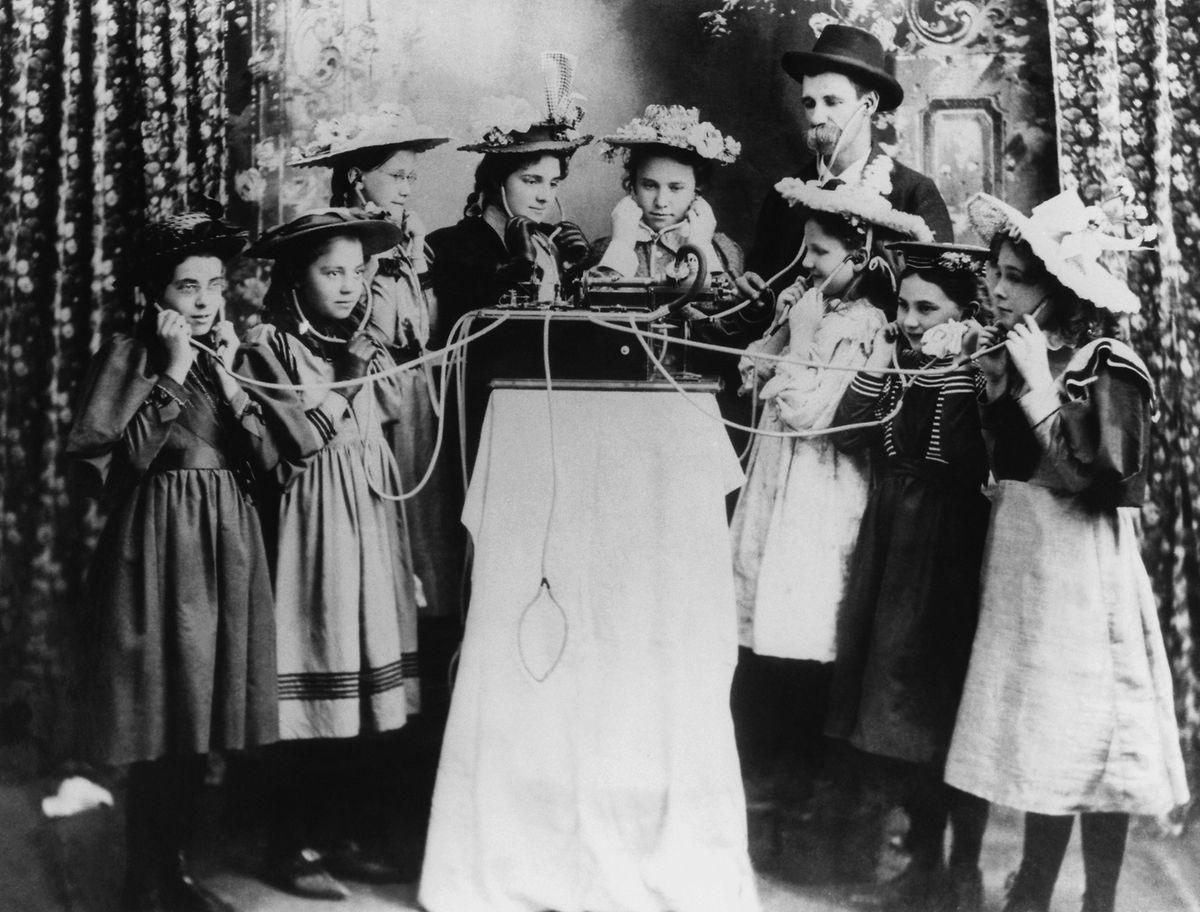 Das Urmodell einer Jukebox - Aufnahme aus dem Jahr 1895.