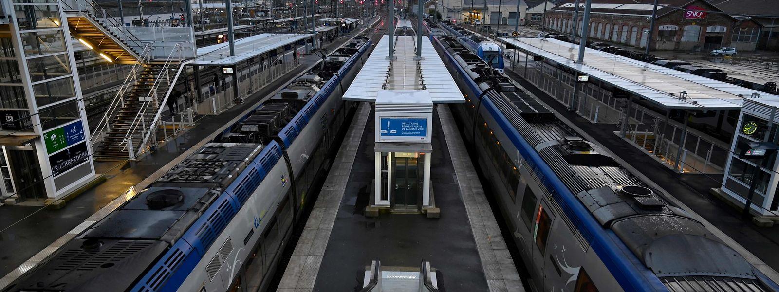 A peine un TER sur trois est annoncé pour ce mardi sur le réseau ferré transfrontalier.