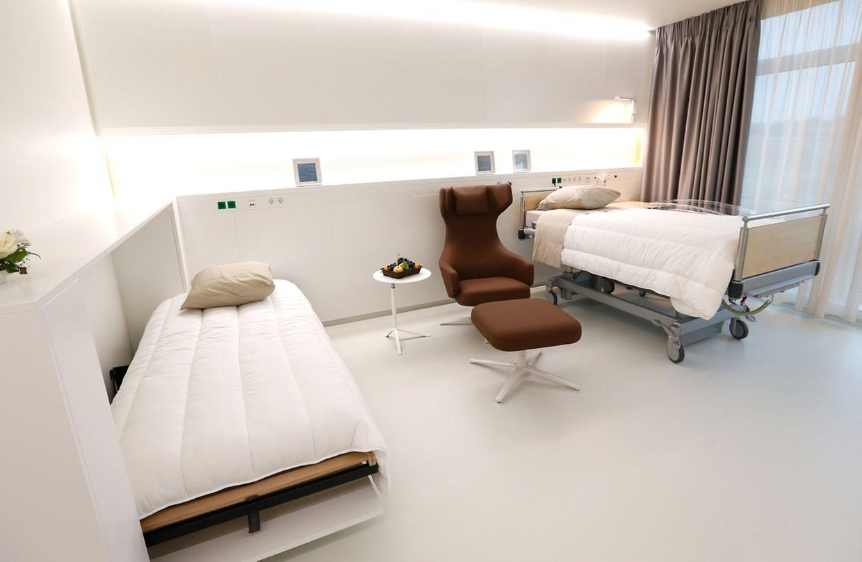 Dans ces nouvelles chambres, un espace est prévu pour le papa