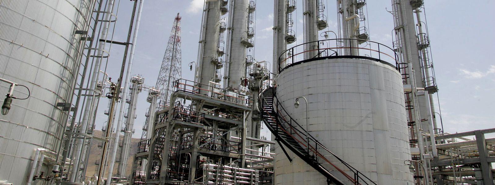 Eine Anlage zur Herstellung von bei der Uranproduktion benötigtem schwerem Wasser in Arak.