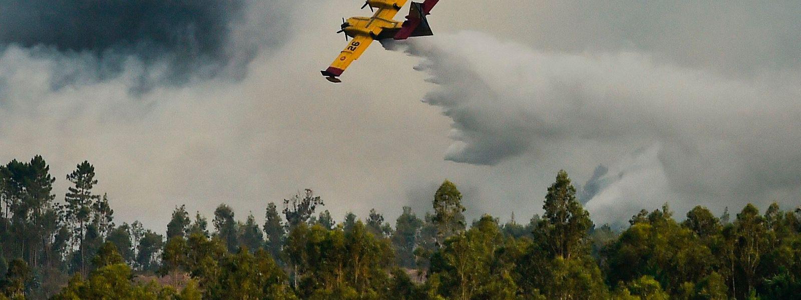 Alle eingesetzten Flugzeuge sind aus dem Einsatz zurückgekehrt, so der Zivilschutz.