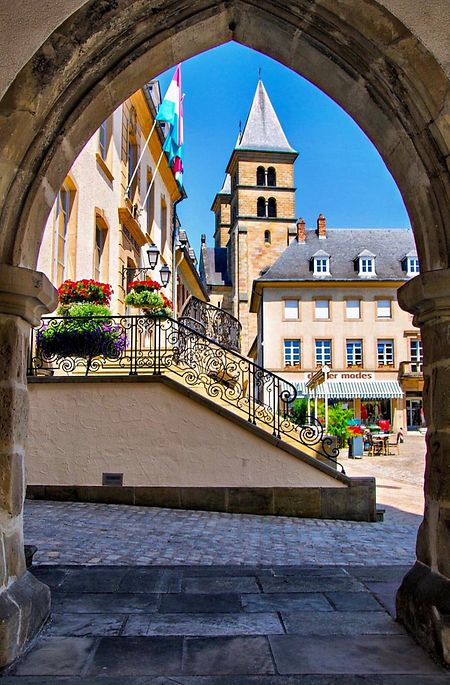 Die Echternacher Basilika ist ein beliebter Touristenmagnet.