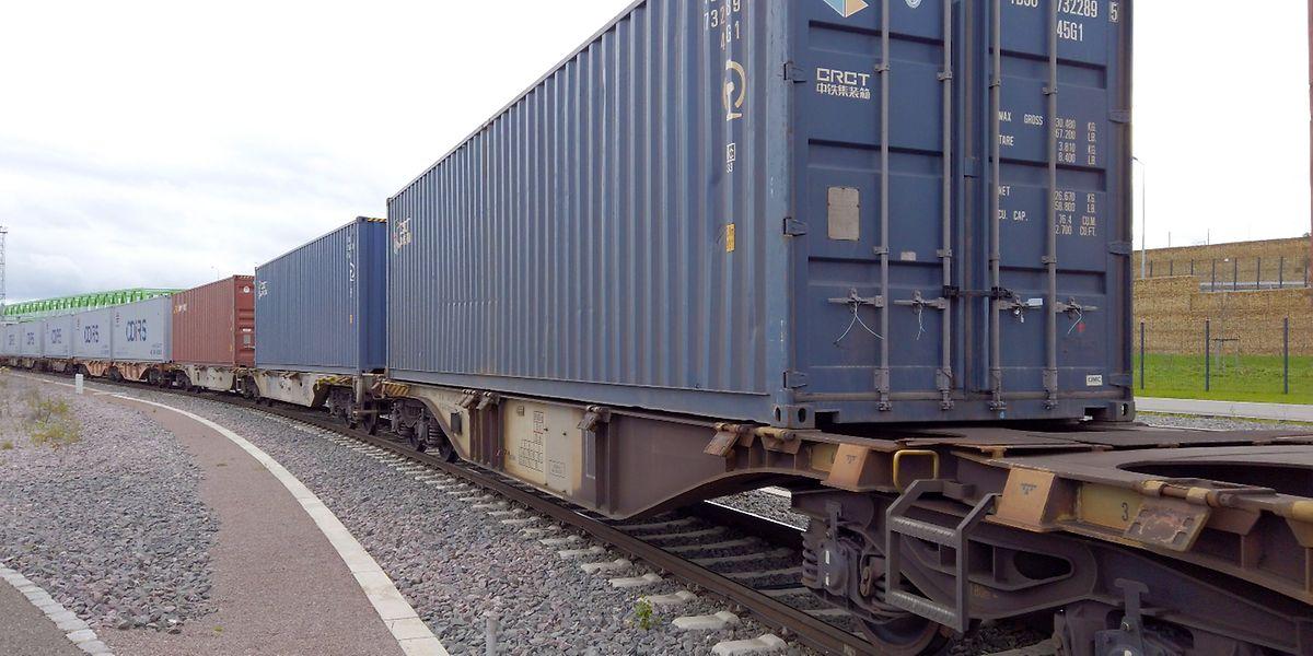 Die auf die Schienen gebrachten Container haben in den vergangenen zwei Wochen 10.000 Kilometer zurückgelegt.
