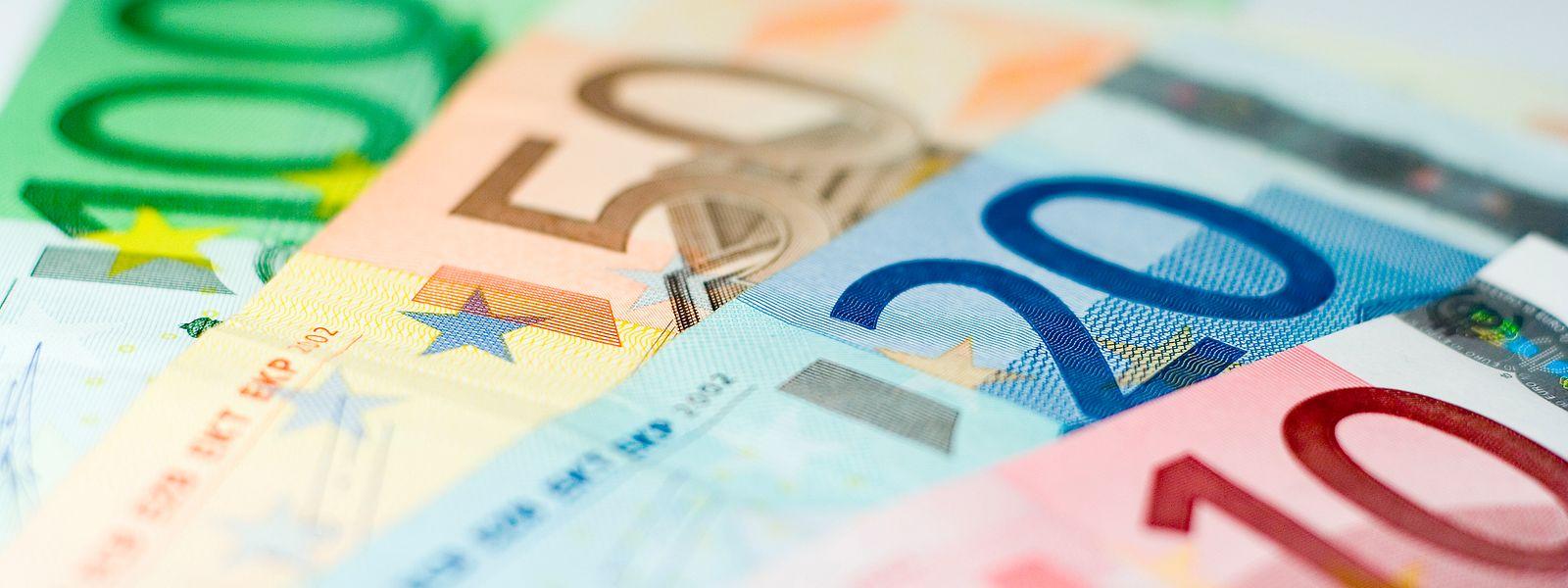 In Luxemburg zahlen Junggesellen mehr Steuern als im OECD-Durchschnitt, aber weniger als in den Nachbarländern.