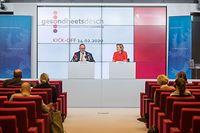 "Politik, PP - Kick-off du ""Gesondheetsdësch"" Mit Paulette Lenert + Romain Schneider, Foto: Lex Kleren/Luxemburger Wort"