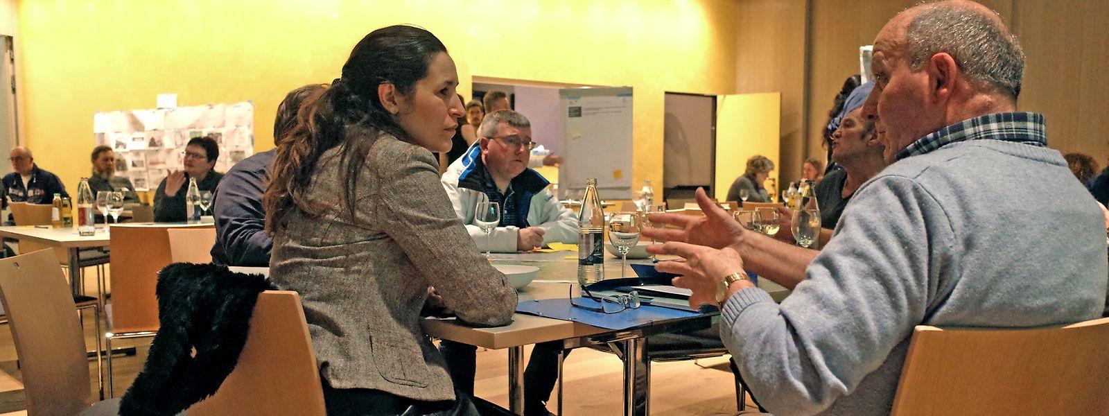 Wenn auch nicht jedem von Anfang an bewusst war, auf was er sich eingelassen hatte, wurde am Mittwoch im Aalt Stadhaus viel über die Zukunft der Südregion diskutiert.