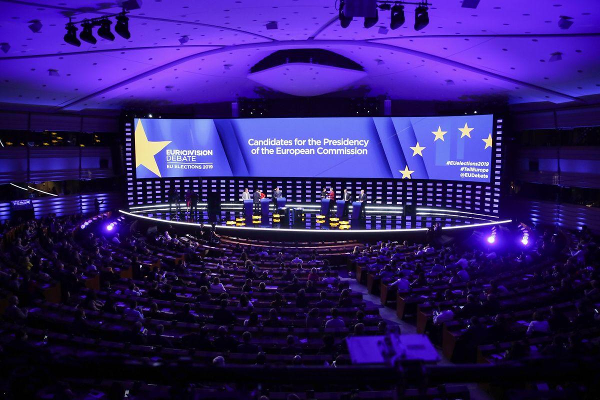 Le débat dans l'enceinte bruxelloise du parlement européen a été retransmis dans les 28 pays et dans les langues officielles de l'UE.
