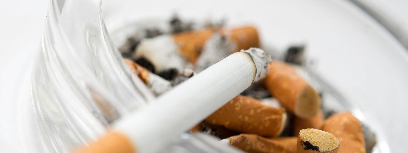 Über 120.000 Zigaretten hatten die Frauen in ihren Koffern.