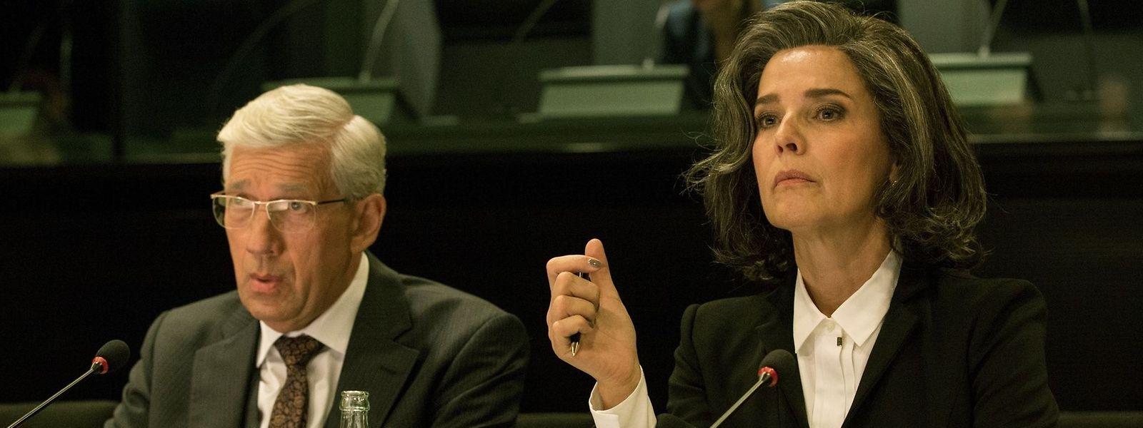 """Serienfans aufgepasst: Bald gibt es neue Folgen der Dramaserie """"Bad Banks""""."""