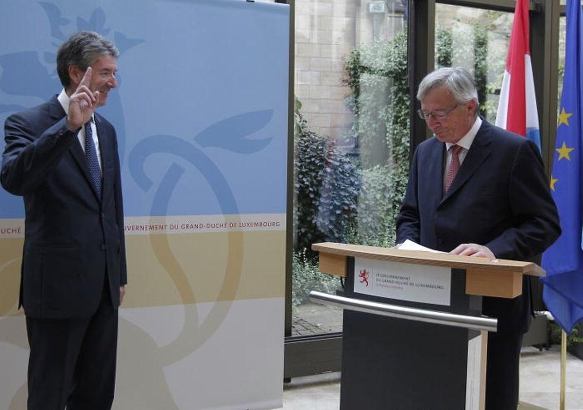 Pierre Bley im August 2013 bei der Vereidigung durch Jean-Claude Juncker.