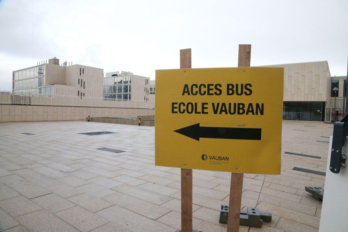 D'autres bus, affrétés par l'école, ramènent les enfants vers un arrêt proche de leur domicile. On en compte 45 entre Luxembourg-Ville et son agglomération.