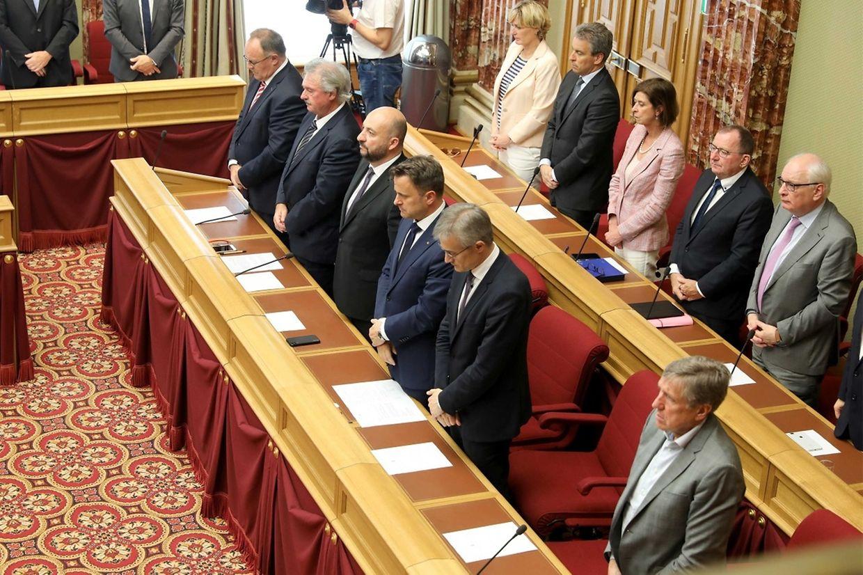 Camille Gira homenageado no Parlamento.