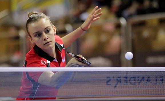 Sarah de Nutte findet neben dem Sport auch Zeit für ihre Schulfreunde.