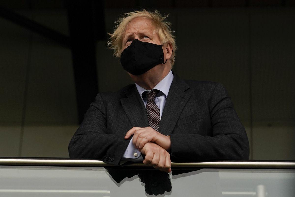 Kritiker sehen in der Lockerungsstrategie von Johnson ein großes Gefahrenpotenzial.
