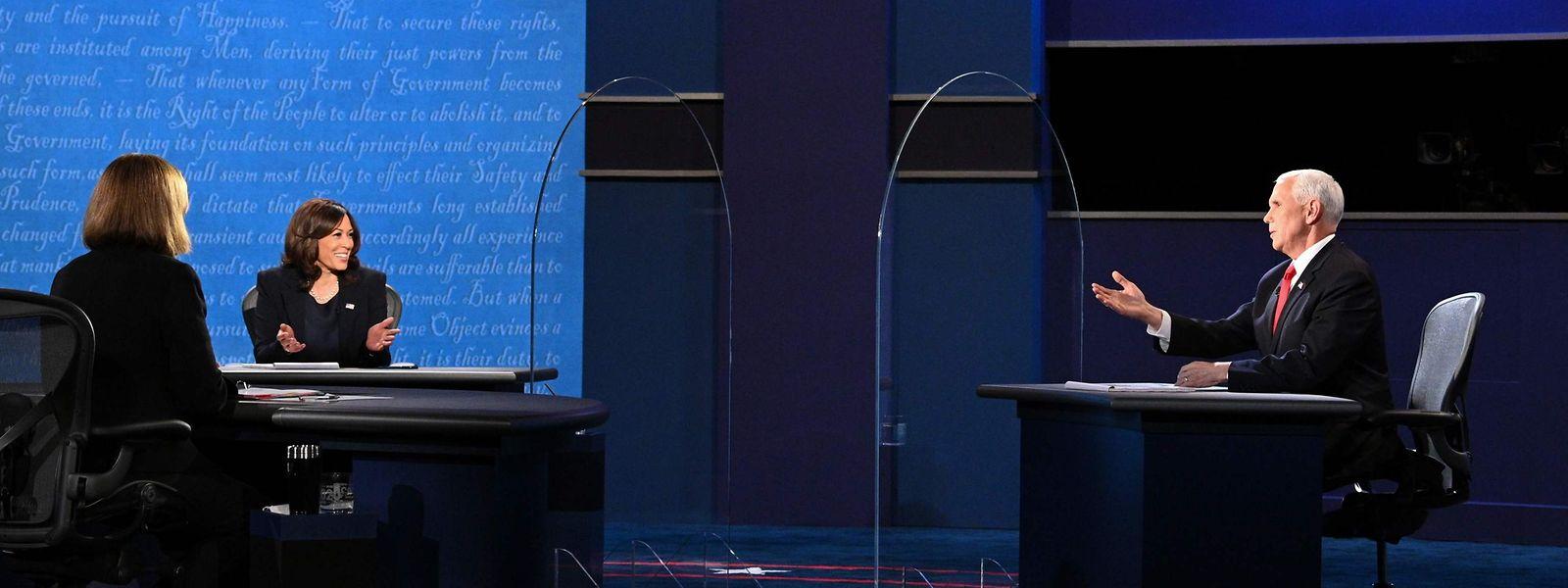 Beim TV-Duell der Vizepräsidentschaftskandidaten geht es zwischen Kamala Harris und Mike Pence deutlich gesitteter zu als zwischen Trump und Biden.