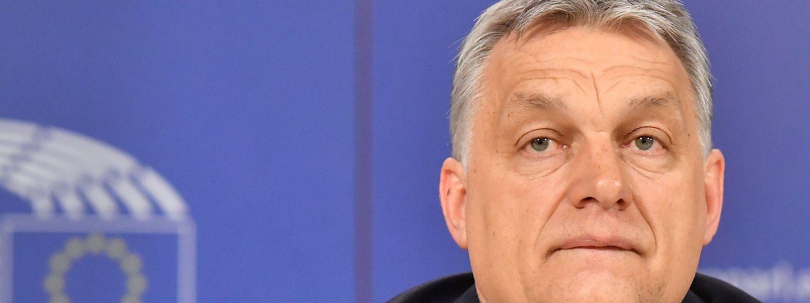 Le Premier ministre hongrois Victor Orban lors d'une conférence de presse consécutive à un meeting du Parti populaire européen, au parlement européen de Bruxelles, mercredi.