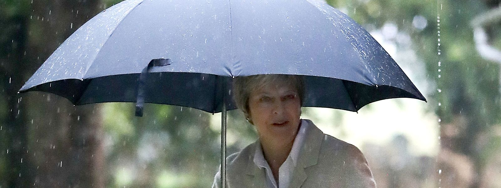 Theresa May regiert nur noch mit hauchdünner Mehrheit.