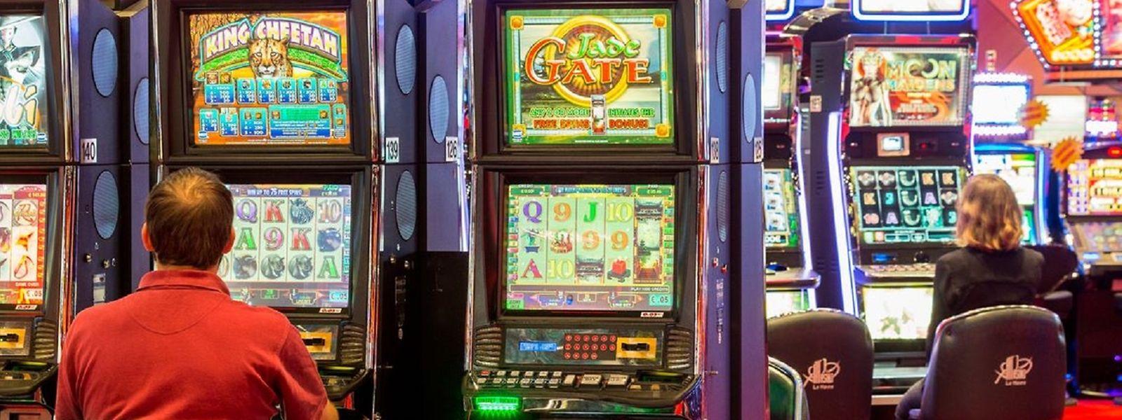 Fermés depuis octobre dernier, les casinos sont notamment autorisés à rouvrir en France et en Belgique.