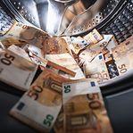 França apreende quase um milhão de euros em notas a caminho do Luxemburgo