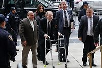 Harvey Weinstein arrives using a walker at the Manhattan Criminal Court, on January 6, 2020  in New York City. - Harvey Weinstein's high-profile sex crimes trial opens on Monday, more than two years after a slew of allegations against the once-mighty Hollywood producer triggered the #MeToo movement that led to the downfall of dozens of powerful men. The disgraced movie mogul faces life in prison if convicted in a New York state court of predatory sexual assault charges, in a trial expected to last six weeks. (Photo by TIMOTHY A. CLARY / AFP)