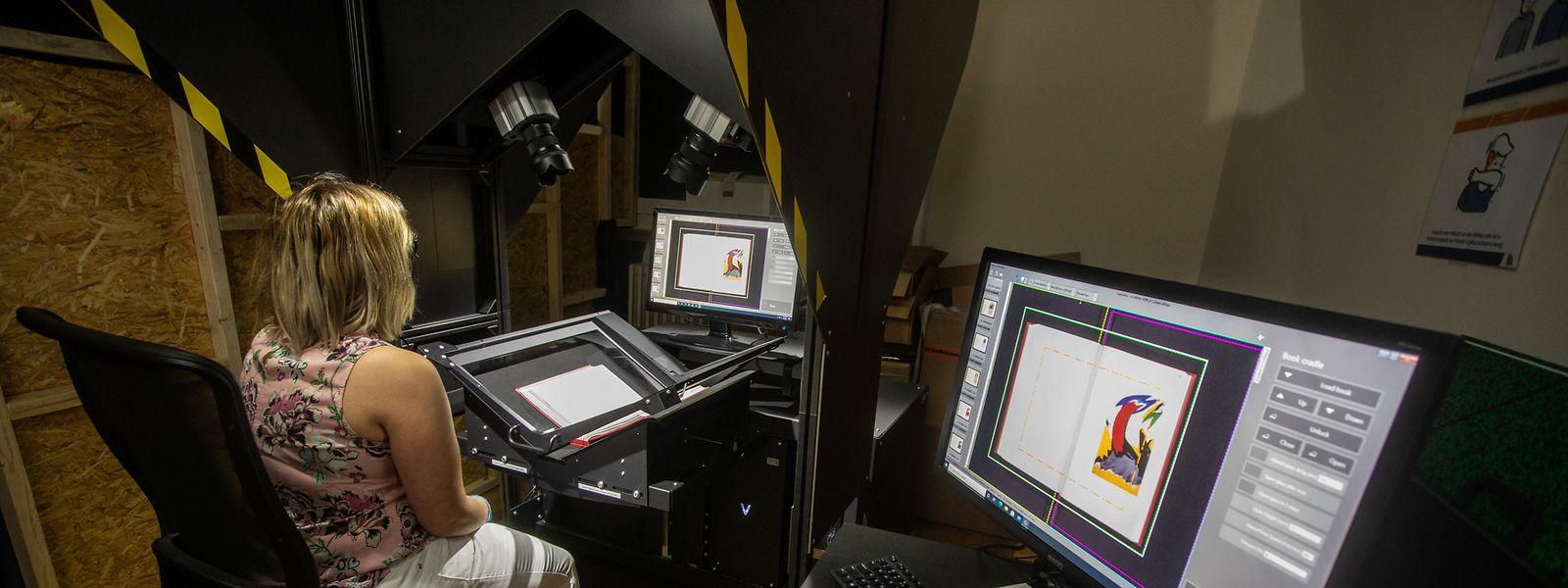 Im V-Scanner lassen sich wertvolle Bücher abfotografieren, ohne dass man sie vollständig öffnen muss.