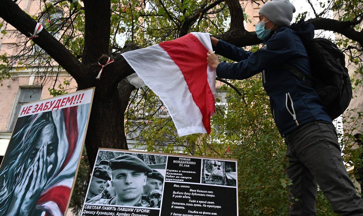 Nach dem gewaltsamen Tod eines 31-jährigen Mannes herrscht in Belarus Wut und Trauer.