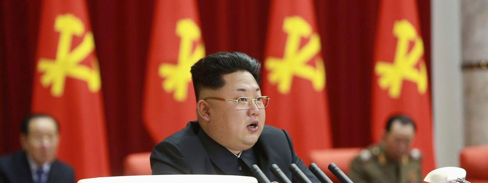 Nordkoreas Machthaber Kim Jong Un sorgt sich um die Gesundheit seiner Bevölkerung.