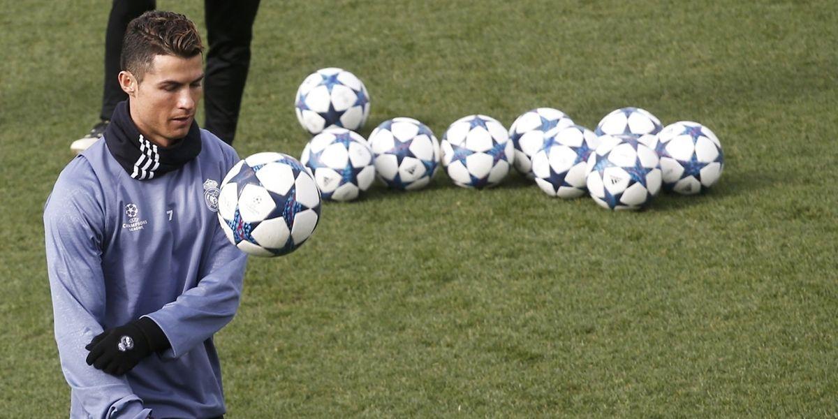 Pour la réception de Naples, Cristiano Ronaldo a été décalté apte au contraire de Gareth Bale. Blessé à la cheville, le Gallois n'a plus joué depuis trois mois.
