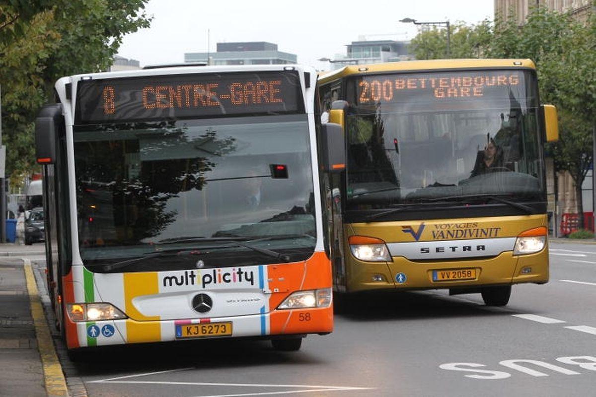 Vandivinit a introduit une demande auprès du ministère des Infrastructures afin qu'une voie d'autoroute soit exclusivement réservée aux bus
