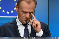 TOPSHOT - European Council President Donald Tusk attends a press conference after a special meeting of the European Council to endorse the draft Brexit withdrawal agreement and to approve the draft political declaration on future EU-UK relations on November 25, 2018 in Brussels. (Photo by JOHN THYS / AFP)