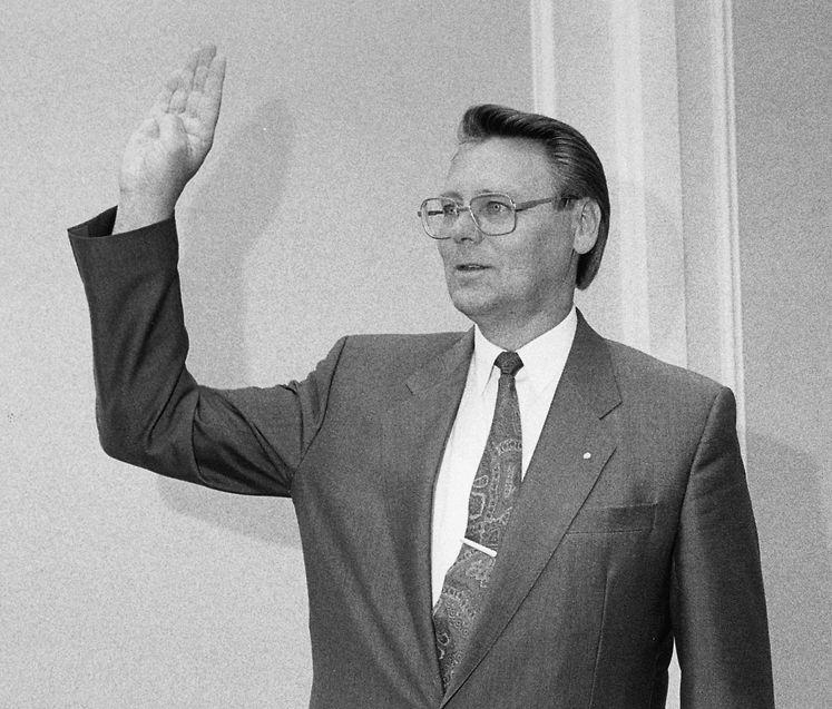 Niki Bettendorf ist 1990 als Abgeordneter vereidigt worden.