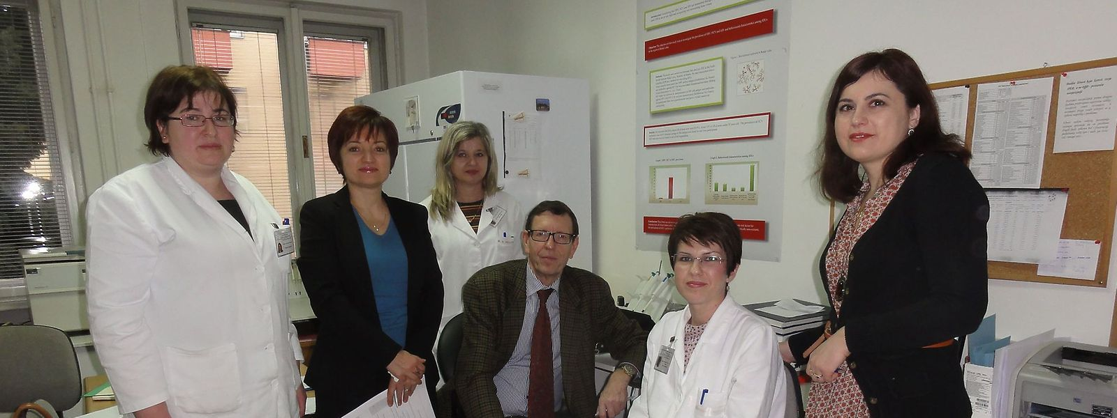 Prof. Dr. Claude P. Muller auf Akkreditierungsbesuch im Nationalen Referenzlabor in Banja Luka (Bosnien).