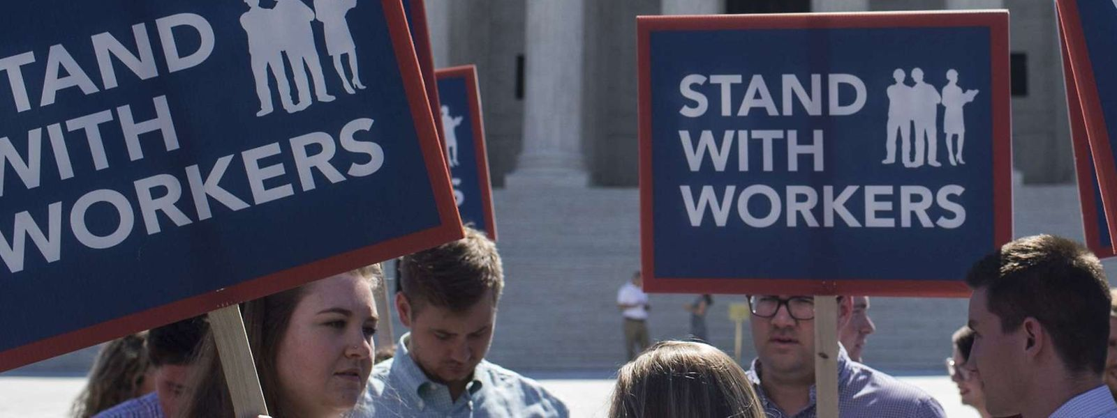 Demonstranten vor dem Obersten Gerichtshof in Washington.
