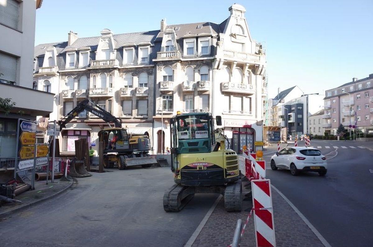 Die Arbeiten haben bereits an der Ecke mit der Route de Luxembourg und der Route d'Esch begonnen. Was zu Stau im Zentrum der Ortschaft führt.