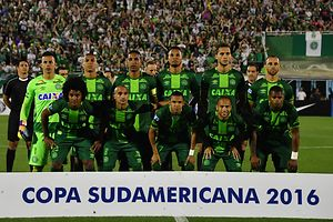 L'équipe brésilienne de football Chapecoense était à bord.