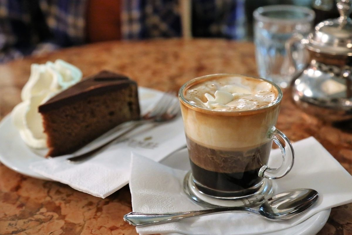 Coffee and cake in Vienna