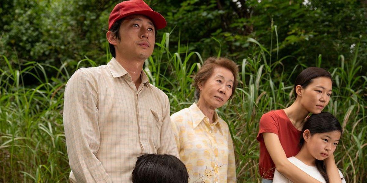 """""""Minari"""" conta a história de uma família coreana em busca do sonho americano."""