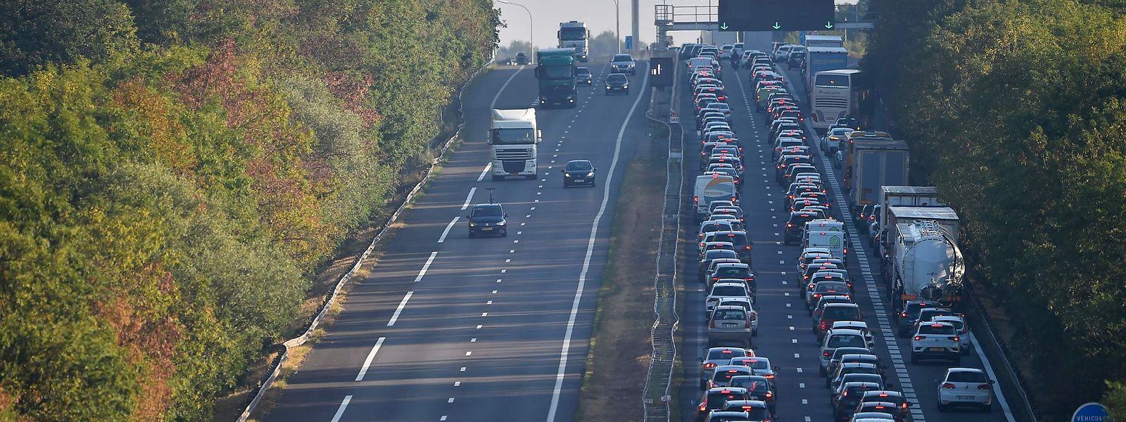 La France concentre 52% des 182.000 frontaliers du Luxembourg. Le Statec table sur 72.000 à 132.000 frontaliers supplémentaires d'ici à 2035.