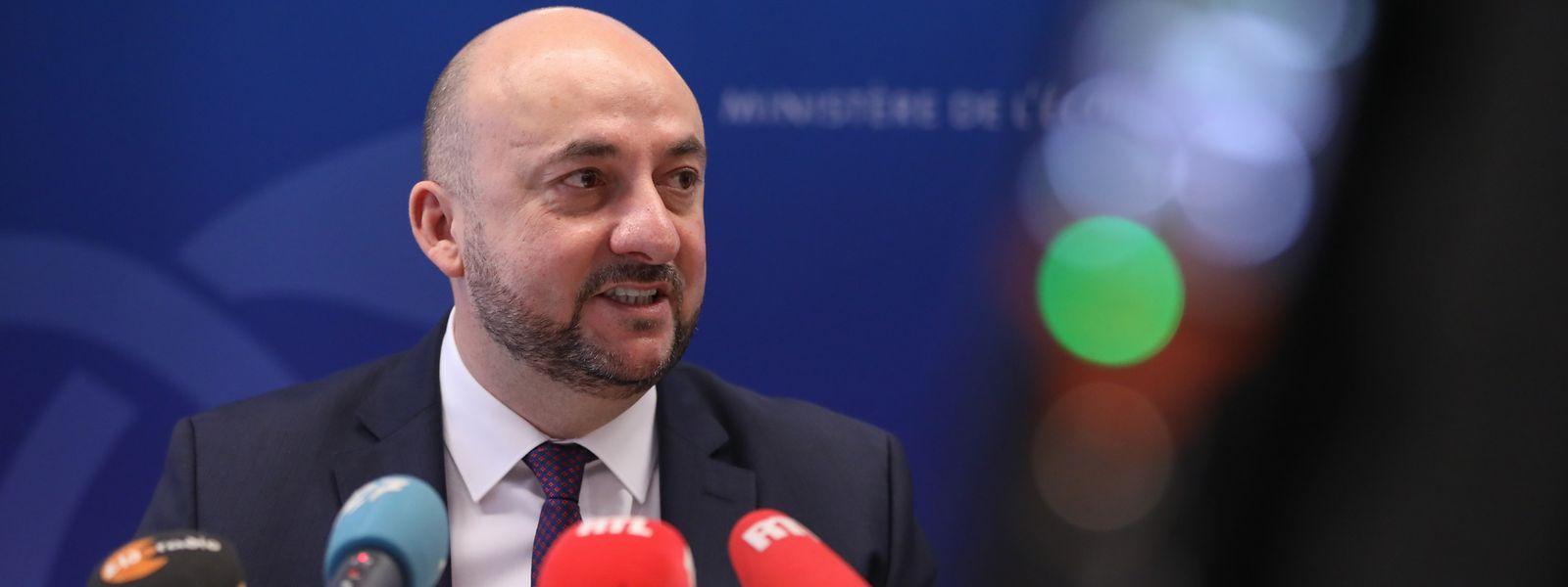 Noch-Wirtschaftsminister Etienne Schneider gab grünes Licht für den Weltraumfonds.
