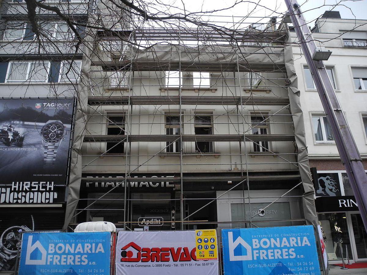 """Im Neubau, der am Standort der ehemaligen Apotheke """"Fleur de Vie"""" geplant ist, ist eine große Geschäftsfläche von 300 Quadratmetern geplant. Welches Geschäft hier einziehen wird, ist noch nicht bekannt."""