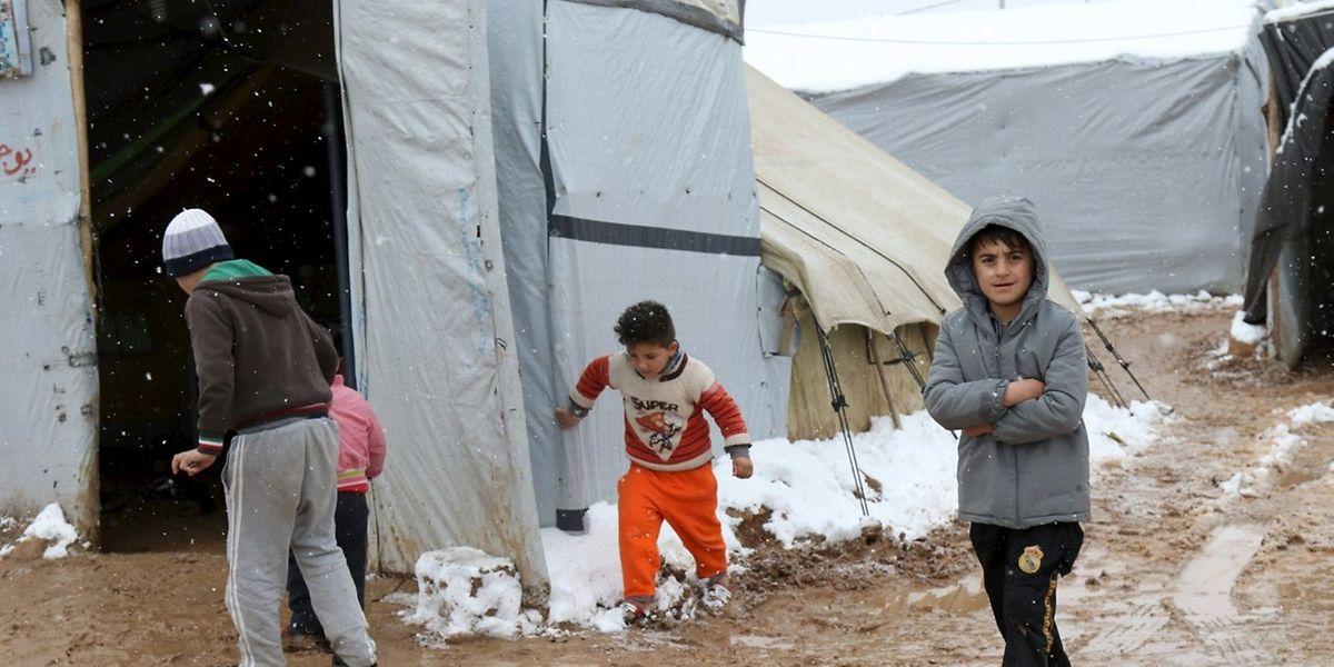 Die Kälte stellt die Flüchtlinge vor weitere Herausforderungen.