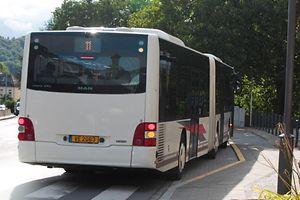 28.8.2015 Luxembourg, Walferdange, N7, Bus, Einkerbung für Busse, Busspur, Verkehr , Reglung photo Anouk Antony