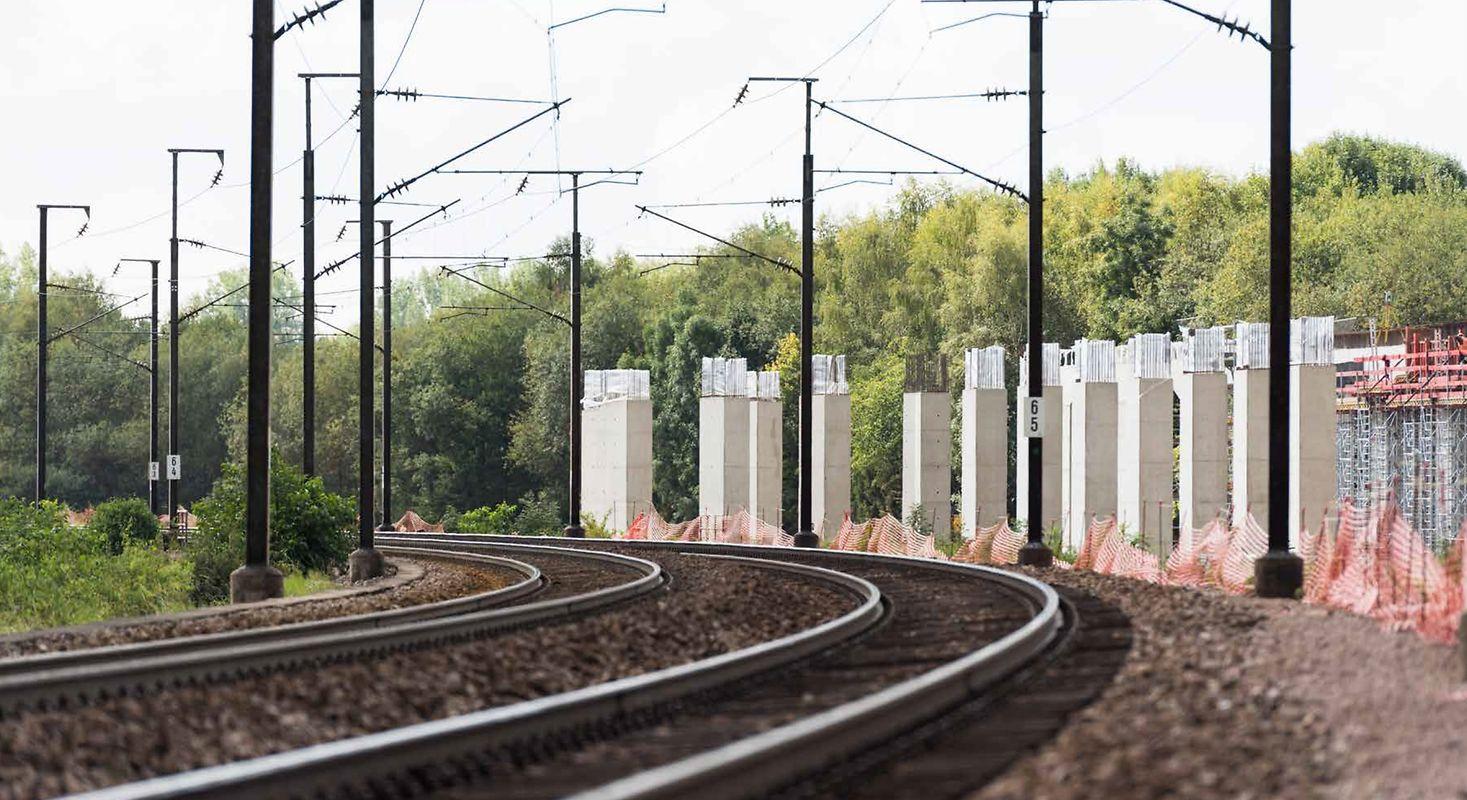 Les deux nouvelles lignes Luxembourg-Bettembourg (7km) seront mises en service en 2024, elles auront coûté près de 300 millions d'euros