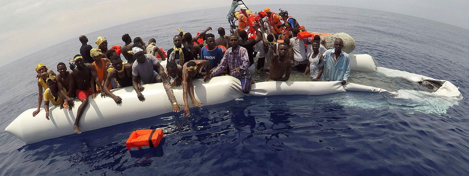 An italienischen Häfen sind in diesem Jahr bereits mehr als 93 000 Schutzsuchende angekommen.