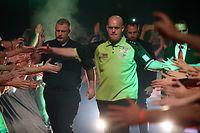 "PDC Darts Tour - German Darts Open 2019 , Event am 27.04.2019 in Saaarbruecken . Im Bild Michael "" Mighty Mike "" van Gerwen .  Copyright: Andreas Schlichter  Foto ist honorarpflichtig! ( + Belegexemplar ) *** Local Caption *** 00082373"