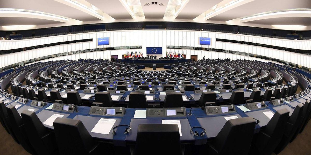 Es ist das erste Mal in der Geschichte des EU-Parlaments, dass ein Vize-Präsident abgesetzt wird.