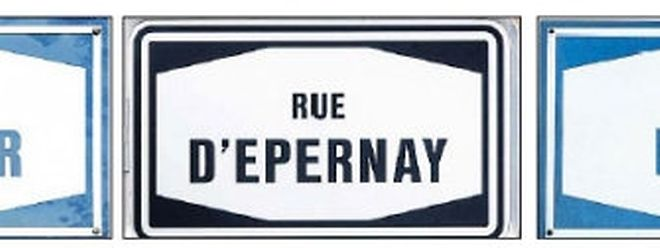 """Straßenschilder erinnern heute im Bahnhofsviertel an die Luxemburger """"Champagnerzeit""""."""